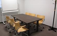 講師控室3