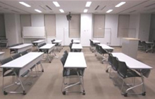 502講座室